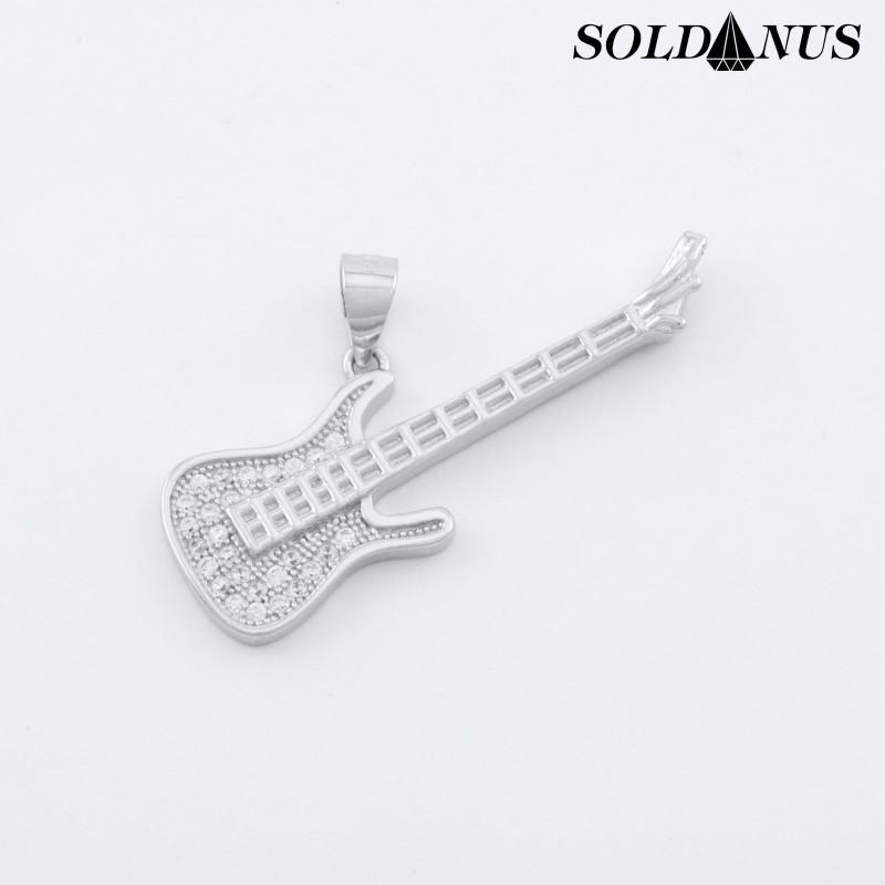 Strieborný prívesok gitara